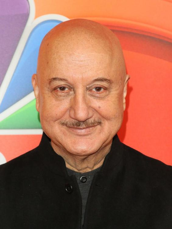 Anupam Kher and Archana Puran Singh open up about a kissing scene in their movie Ladaai