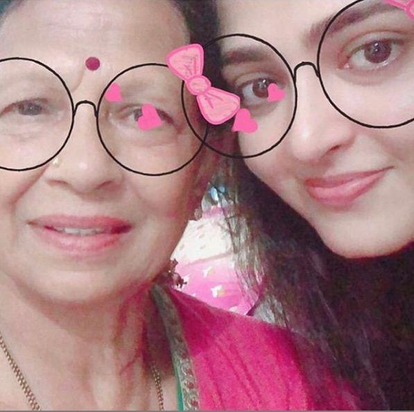 Mother's Day: Samantha Akkineni, Anushka Shetty & Soundarya Rajinikanth share adorable moments with their moms