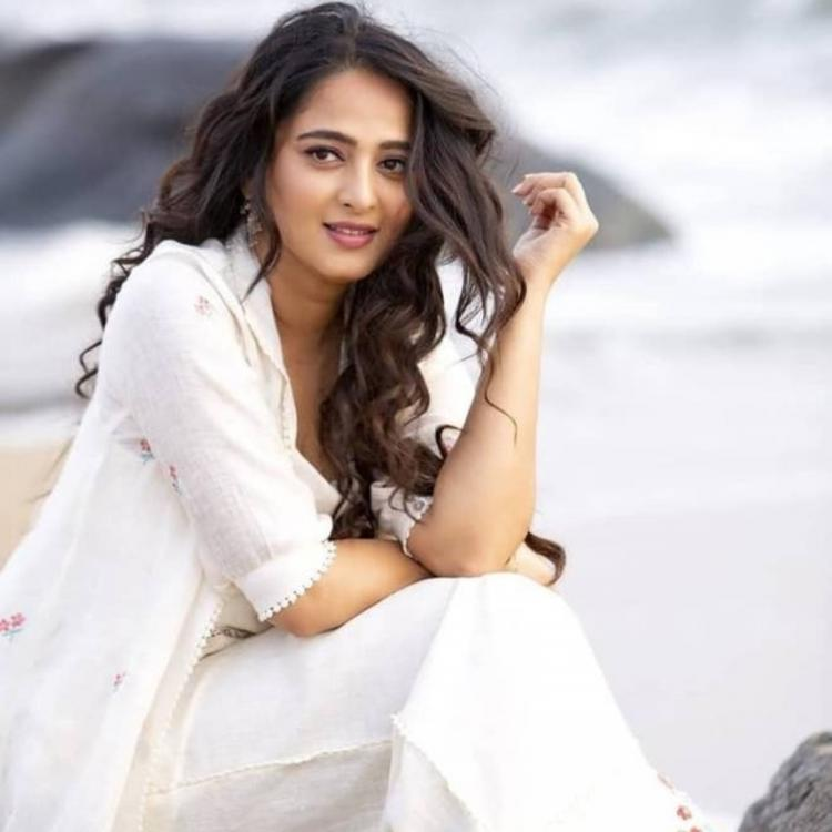 Amidst link up rumors with Prabhas, Anushka Shetty to get hitched with an Indian cricketer? Find out