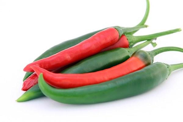 Green Chillies vs Red Chillies: Which one is better and why?