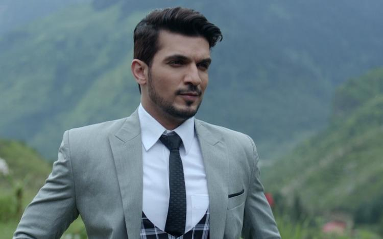 EXCLUSIVE: Arjun Bijlani talks about Ishq Mein Marjawan going off air, hosting Dance Deewane, Naagin 4 & more