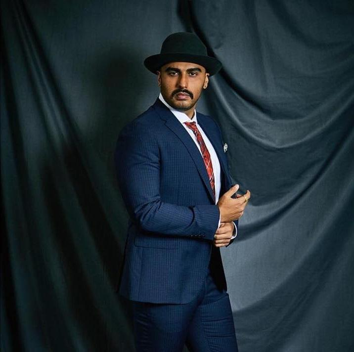 Filmfare Awards 2019: Arjun Kapoor pulls off the hat look again as he arrives for the big award night