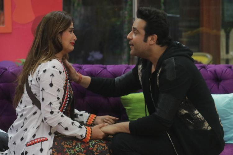 Bigg Boss 13 Synopsis, Day 108: Shehnaaz, Mahira, Shefali, & Arti choose family over captaincy