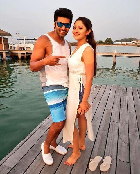Arya and Sayyeshaa Sehgal get MARRIED in an intimate affair; WATCH VIDEO
