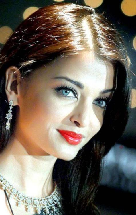 Discussion,Aishwarya Rai Bachchan,bollywood