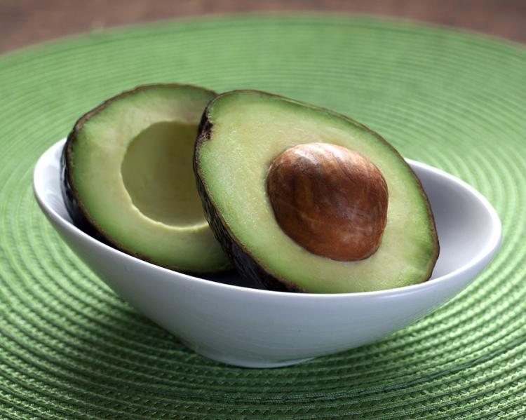 Skin Care Tips: Avocado oil is a MUST for a healthy, glowing skin