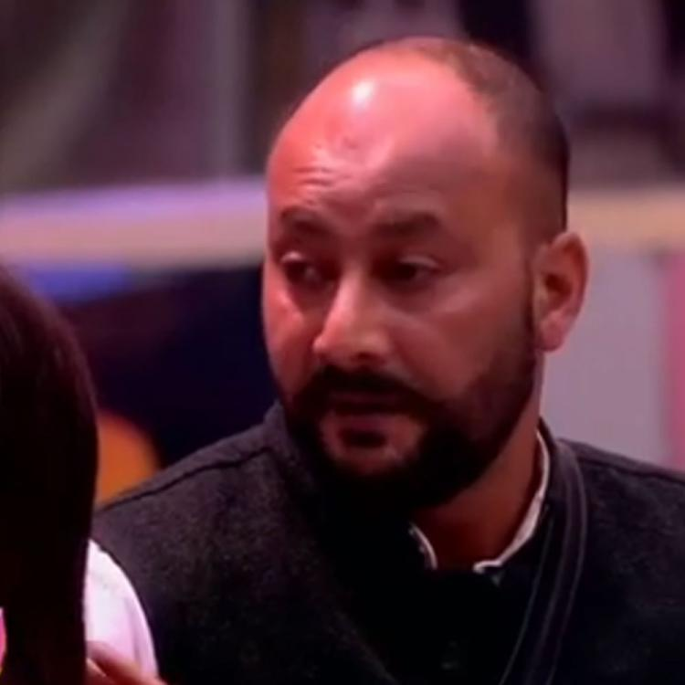 Bigg Boss 13: Shehnaaz Gill's father slams Arti Singh for gossiping about her with Sidharth Shukla