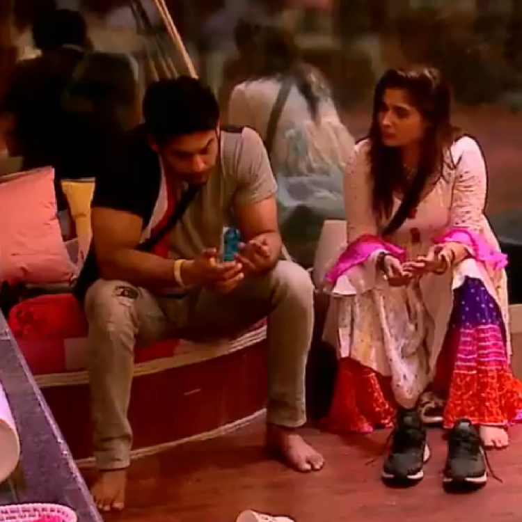 Bigg Boss 13 PROMO: Arti Singh tells Sidharth Shukla she values him and advises him to control his temper; WATCH