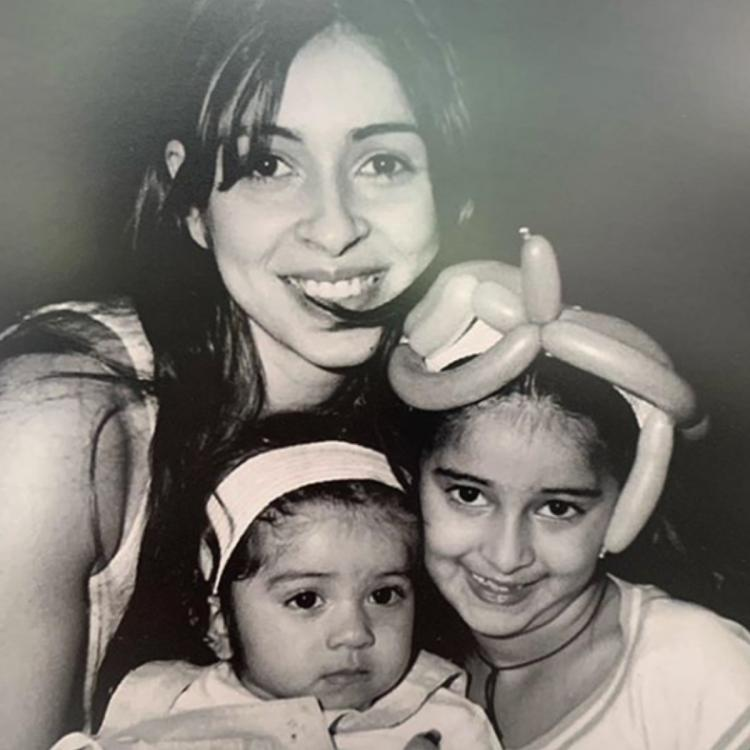 Ananya Panday and sister Rysa look adorable in this throwback picture shared by mother Bhavana Panday
