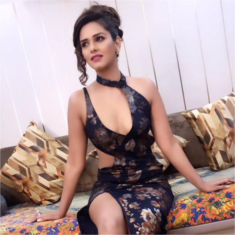 Bigg Boss 13 Finale: Dalljiet Kaur slays in blue as she gears up for her performance; don't miss