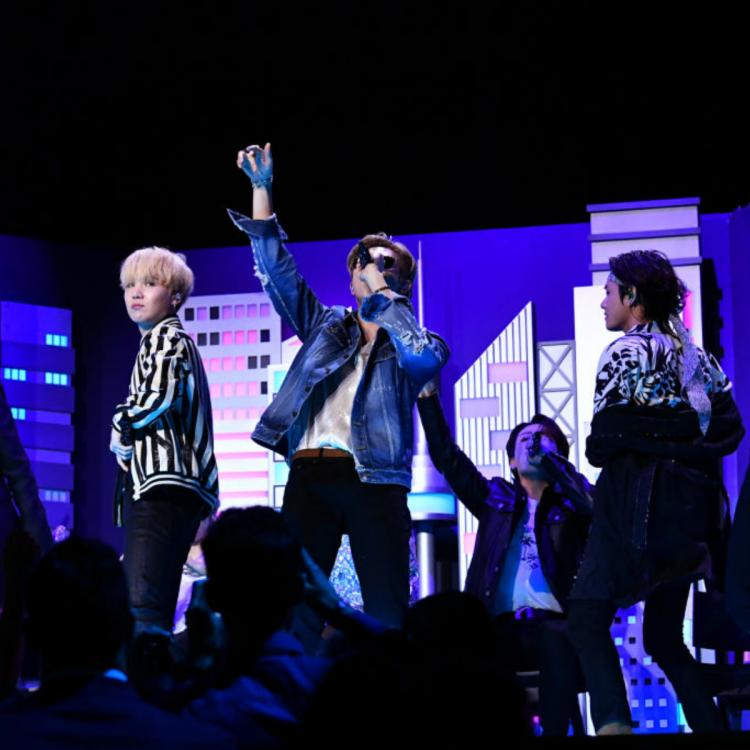 Hollywood Newsmakers of the Week: BTS return to Jimmy Fallon Show, Oscars 2020 & Matthew Perry joins Instagram