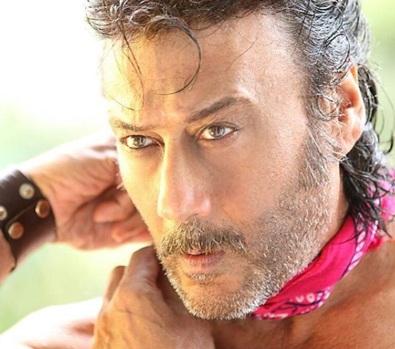 Jackie Shroff opens up about a prank that he played on his girlfriend during his school days