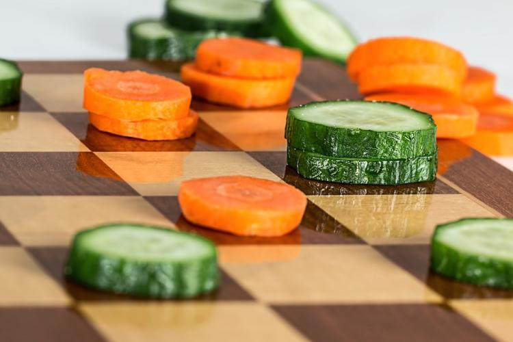 Carrots vs Cucumbers, Difference between Carrots and Cucumbers