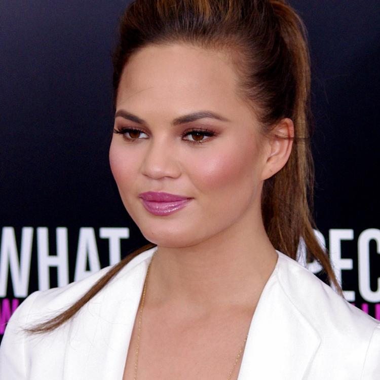 Chrissy Teigen gets  in a war of words with US President Donald Trump