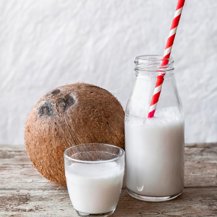 Coconut Cream vs Coconut Milk: What is the difference between the two?
