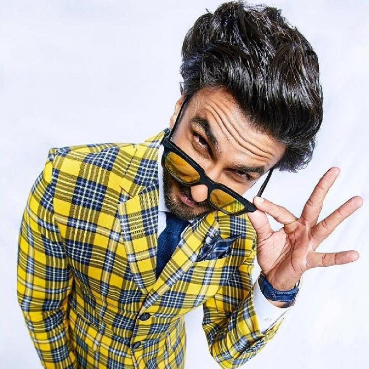 Ranveer Singh takes his funky comic look a notch higher in his recent post; Check out