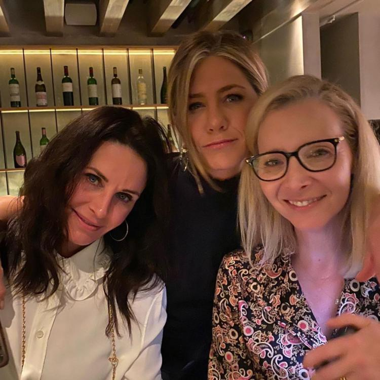 Jennifer Aniston weeps as Courteney Cox shares Friends' 'Last Supper' photo before they shot the final episode