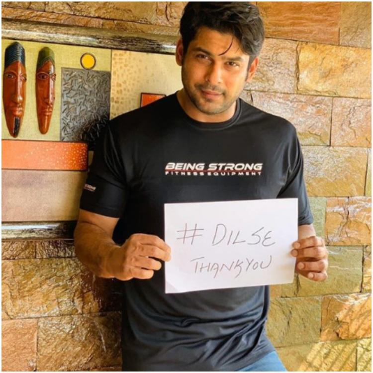 COVID 19: Sidharth Shukla holds 'Dil Se Thank You' placard for doctors, police & joins Akshay Kumar and others