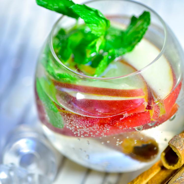 Detox Recipes: 4 healthy and yummy drinks that you can make in a snap