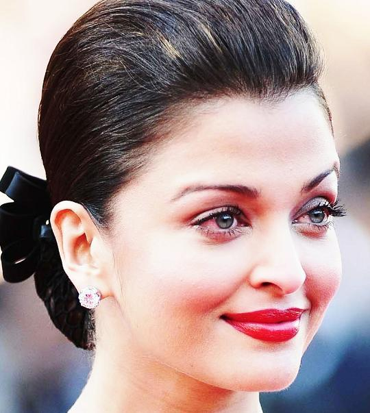 Red Eyes Before Cannes Made Aish Rush To Lilavati Hospital For