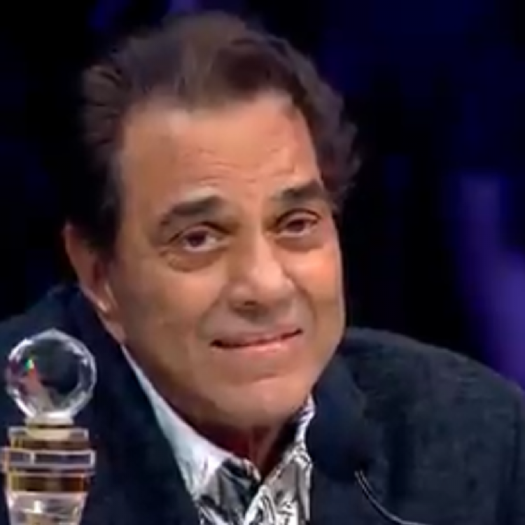 Superstar Singer: Dharmendra gets overwhelmed as he is reminded of his hometown Sahnewal; WATCH