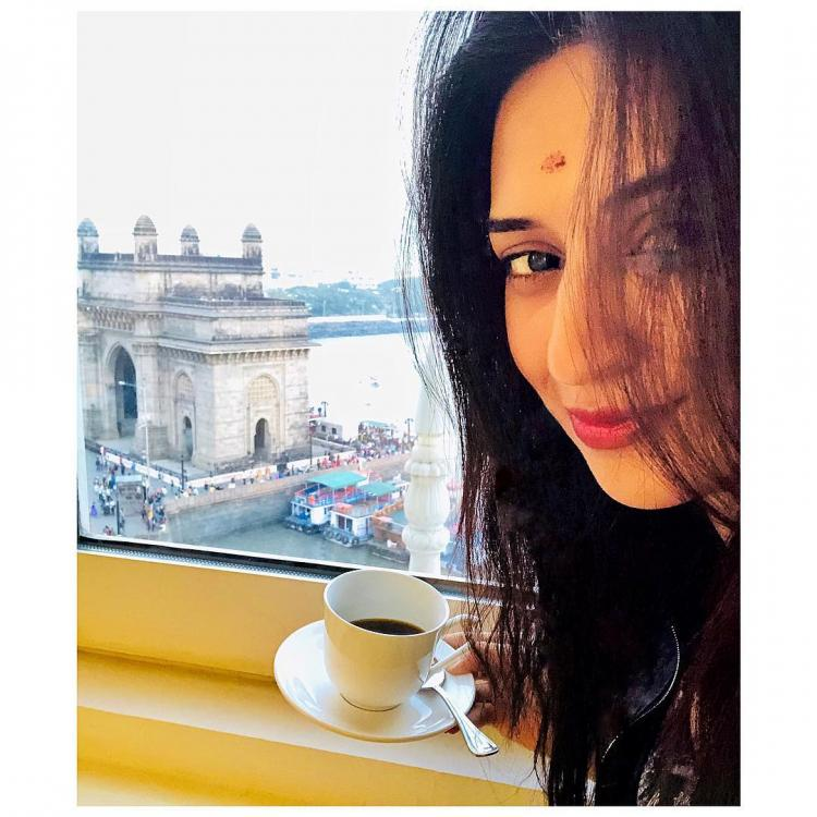 Actress Divyanka Tripathi of Yeh Hai Mohabbatein shares her recipe of her black coffee in an adorable video shot by her mother.