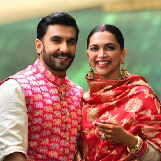 Ranveer Singh gets a 'rare' compliment from wife Deepika Padukone; says 'I must really be looking good today'