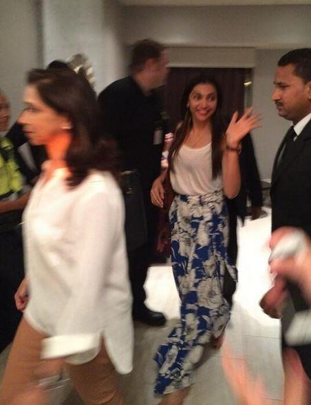 Deepika goes on a shopping spree in Tampa with mom and dad ...