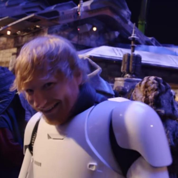 Star Wars: The Rise of Skywalker:  Ed Sheeran in a stormtrooper costume has all the fans guessing