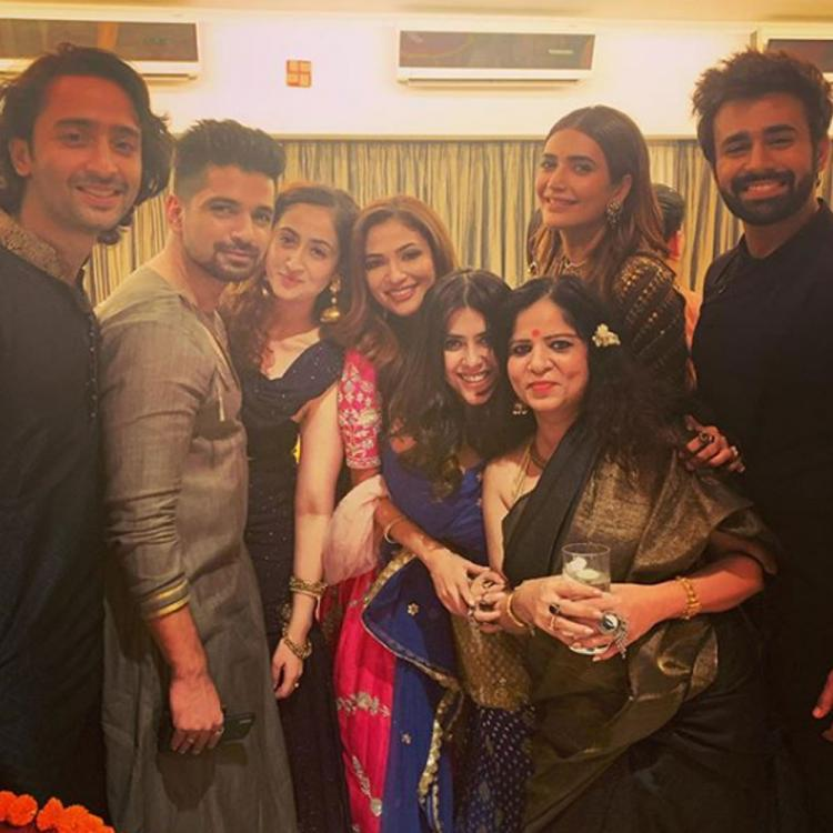 Ekta Kapoor shares pro tip for the 'art of posing' with Shaheer Sheikh, Karishma Tanna, Pearl V Puri & others