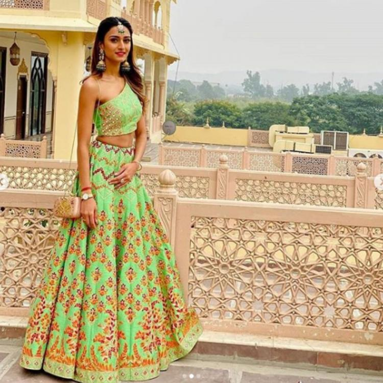 Kasautii Zindagii Kay star Erica Fernandes' pastel green lehenga is the wedding outfit inspiration we can use