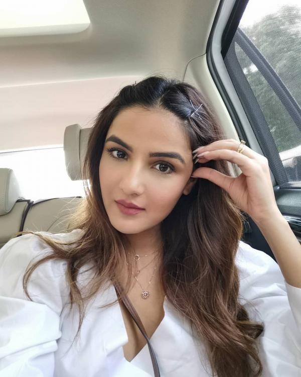 EXCLUSIVE: Jasmin Bhasin says, 'I felt like an ugly duckling during my growing up days; opens up on Naagin 4