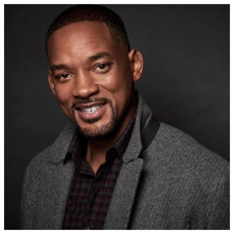 Will Smith spreads bowel cancer awareness by showing his bare bottom