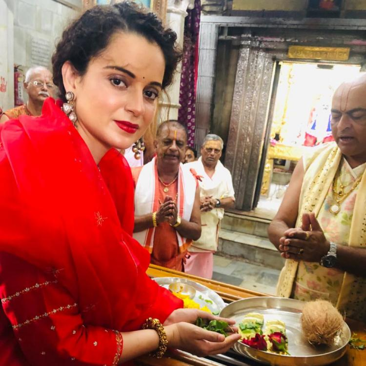 Kangana Ranaut visits the holy city of Dwarka and offers prayers at the Dwarkadeesh Temple; See Pic