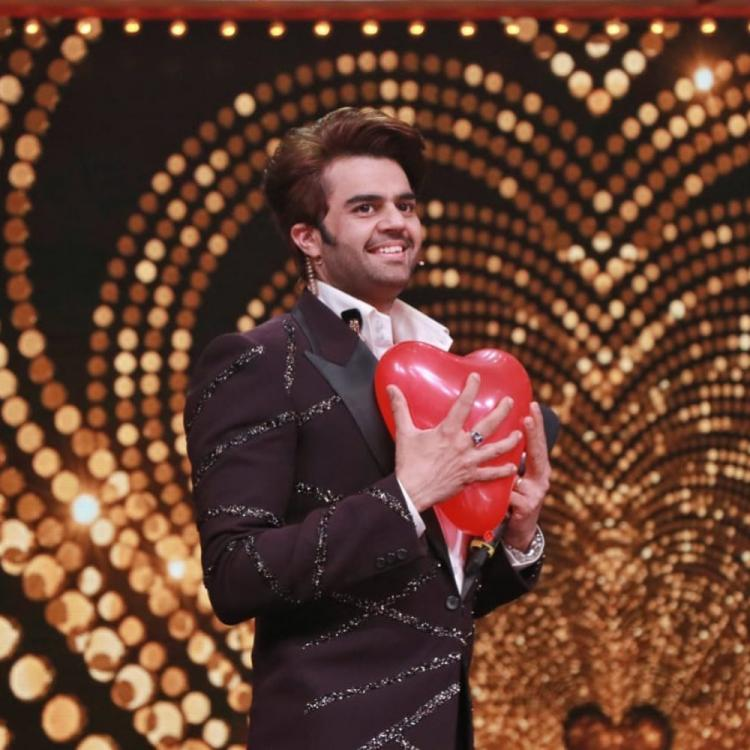 Maniesh Paul roped in to host the Bollywood based game show; Read details