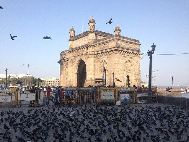 Travel Tips: HERE are some fun and free things to in Mumbai to satiate your wanderlust