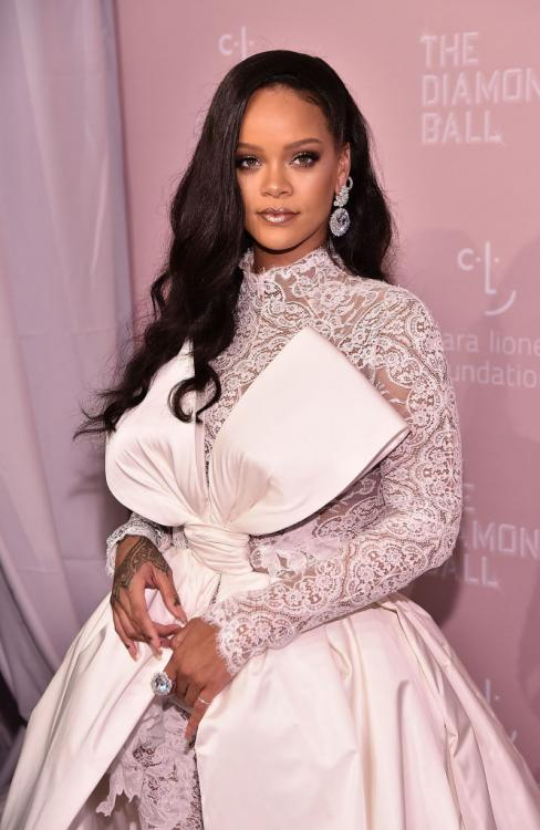Rihanna reveals her dream WEDDING dress designer and we are definitely not surprised; Find out