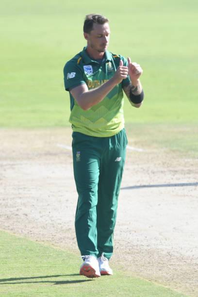 """Dale Steyn unhappy over being overlooked for T20I series vs India; CSA states pacer is not """"medically ready"""""""