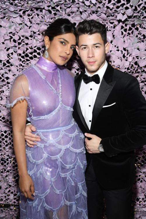 Be it glam or natural, Nick Jonas is a lover of all of Priyanka's looks.