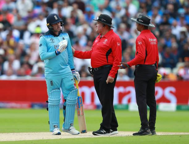 England vs New Zealand World Cup 2019 finals affected by poor umpiring; Twitter reacts