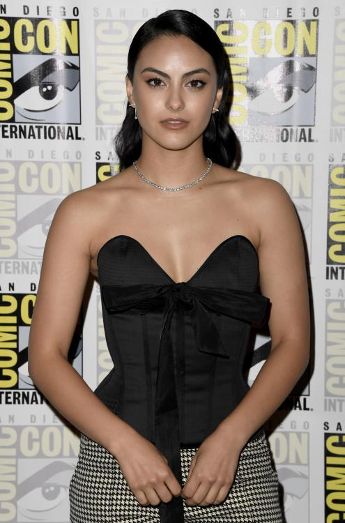 Hollywood,Camila Mendes