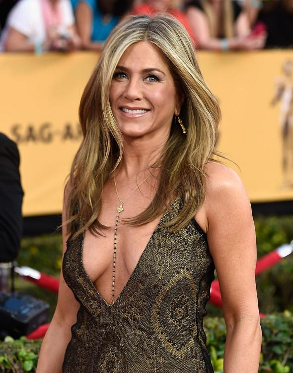 Jennifer Aniston reveals the one thing she HATES about dating; Find Out