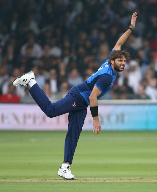 Pakistani cricketer Mohammad Amir confessed to spot fixing after Shahid Afridi slapped him