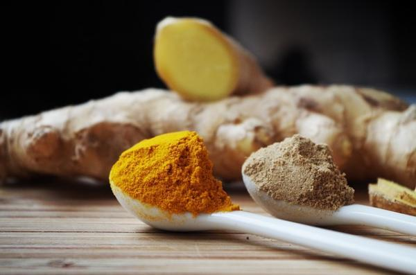 Ginger Vs. Turmeric: THESE are the differences and benefits of the two spices