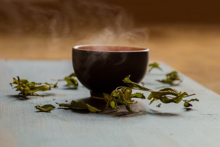 Drinking green tea for weight loss? Here's how it helps you shed some kilos