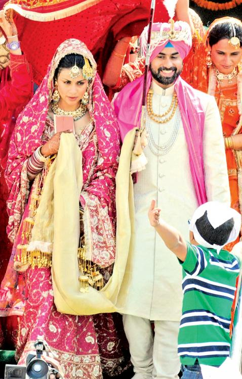 Photos,gul panag,Bollywood Celebrity Wedding Pictures,star wedding