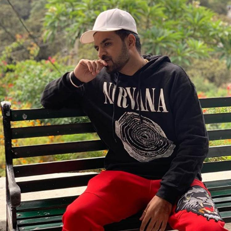 Happy Raikoti announces his new track 'Pyar Ni Karna'; Shares the first look of the song