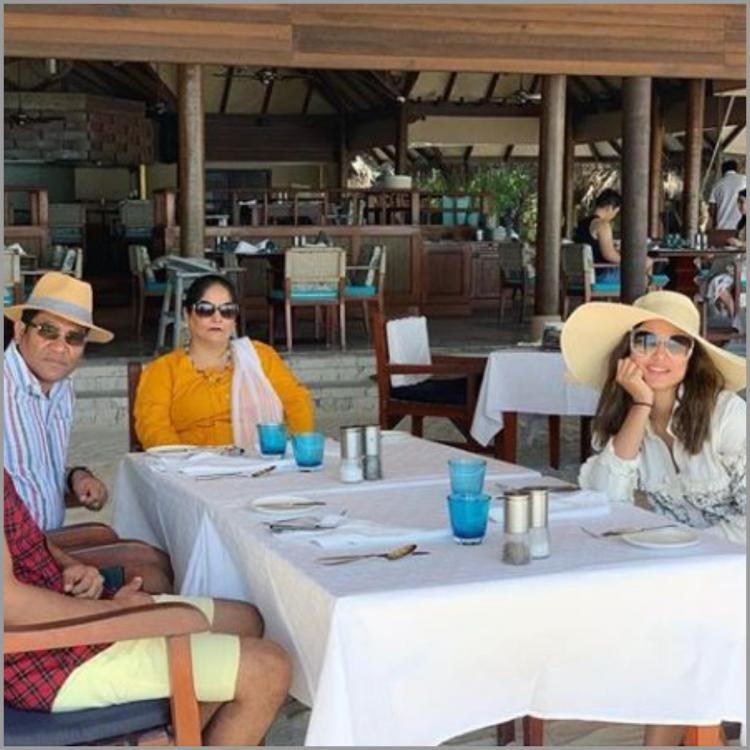 Hina Khan has the perfect caption for the pictures from her vacation to Maldives with her family
