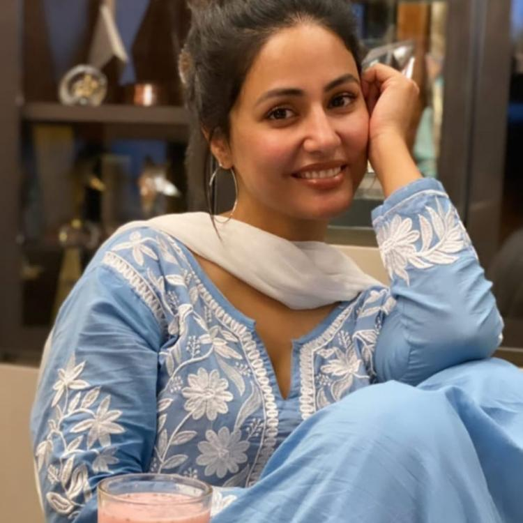 Hina Khan is beating her midweek blues in a blue salwar kameez as she breaks her roza with a beaming smile