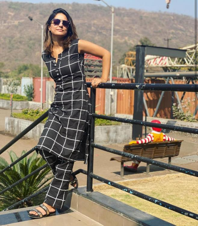 PHOTOS: Hina Khan keeps it casual in black and white separates as she poses under the sun